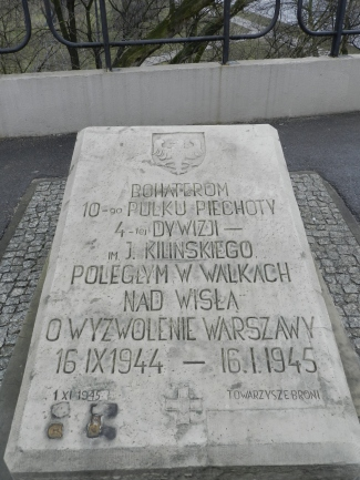 memorial on Poniatowski Bridge